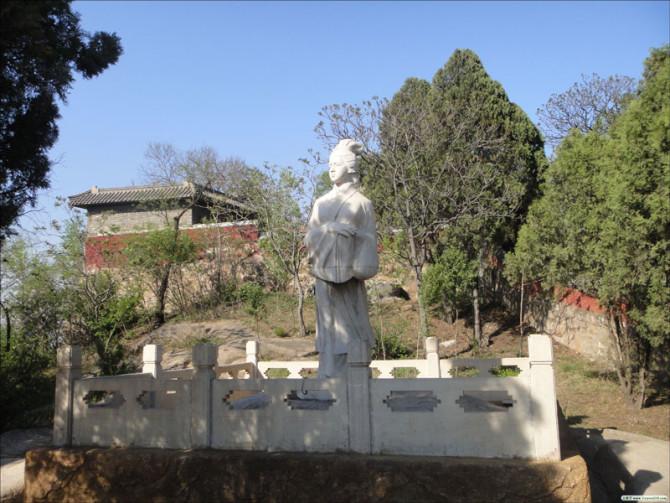 Empat Legenda Rakyat Tiongkok Terbesar: Meng Jiang Nü Menangisi Tembok Besar